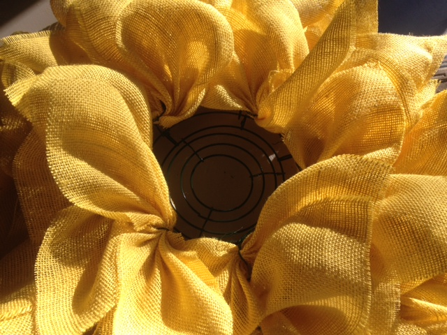 sunflowerwreath_build